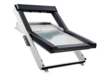 Roto Q fenêtre à rotation Q-4  en bois laqué blanc / bois vernis avec système de ventilation auto régulant
